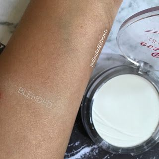 essence all about matt fixing compact powder swatch
