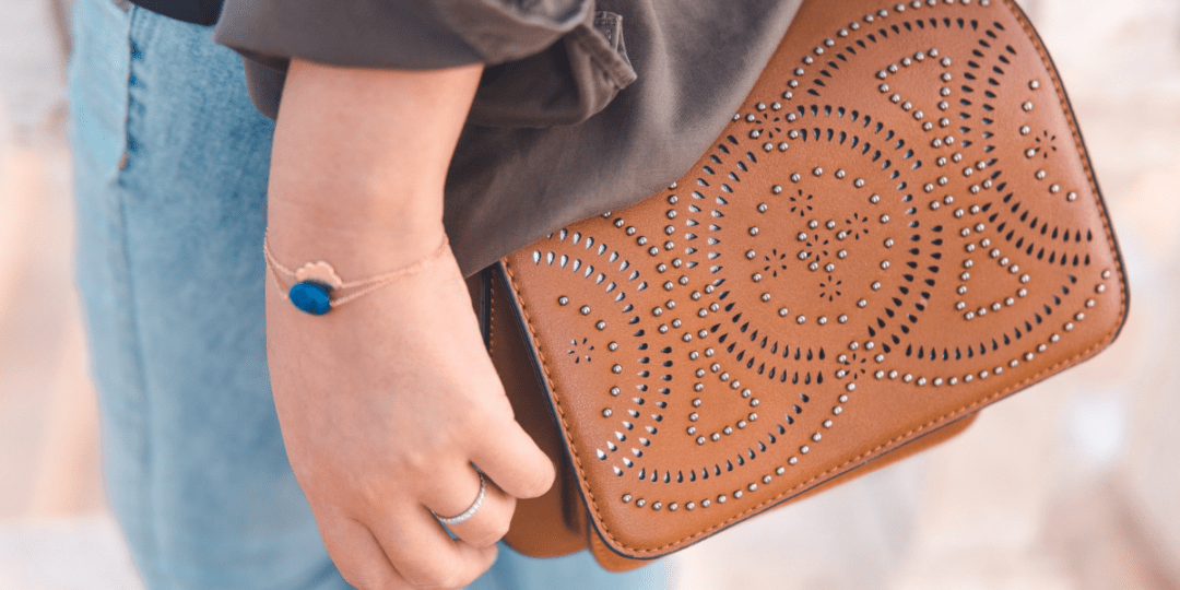 4 Purses Every Woman Should Own in her closet