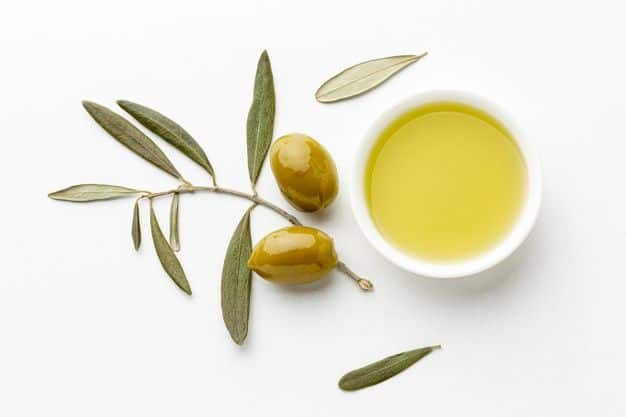 olive oil for makeup removal